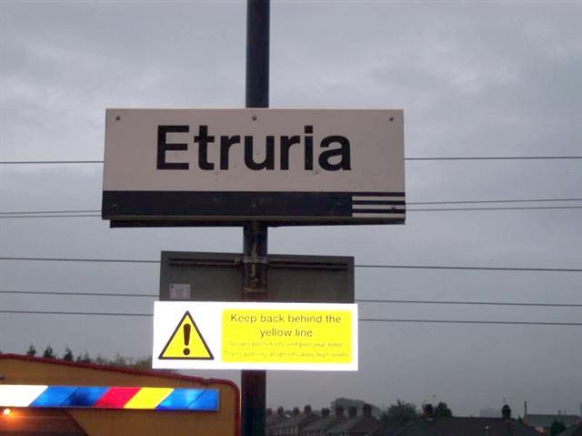 Etruria Station's Last Day 30/9/05
